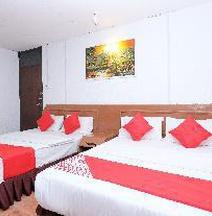 โรงแรมโอโย 715 มิสเตอร์เจ โกตาบาห์รู