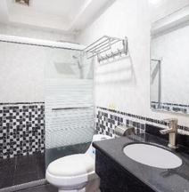 OYO 138 ホワイト パレス ホテル