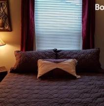 Comfy Cove BnB & Biscuit