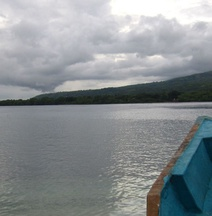 Larantuka Beach Apartments.