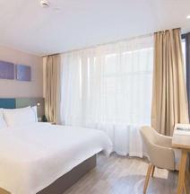 Home Inn Selected (Yingkou Jinniushan Street Wanda Plaza)