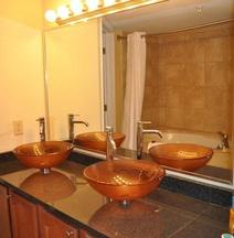 Myrtle Beach Oceanfront Atlantic Palms Hotel, Suites & Condos