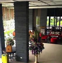 Mayflower Grande Hotel Chiang Mai