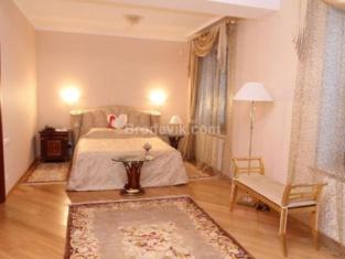Polyarnaya Zvezda Hotel