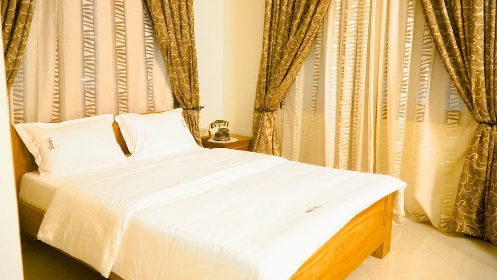 Hillstar Hotel