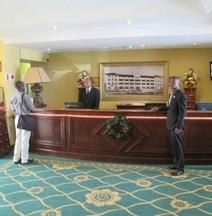 貝爾摩拉爾酒店