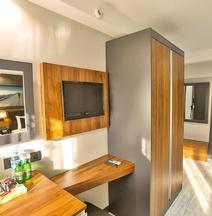 Azra Suite Otel
