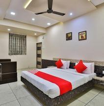 OYO 26621 Hotel Tulsi Residency