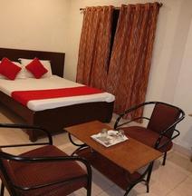 Hotel Morya