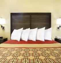 Days Inn by Wyndham Columbus-North Fort Benning
