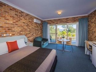 Golf Club Motor Inn Wingham