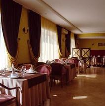Mirta Hotel