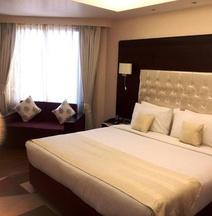 ホテル KC レジデンシー ジャンムー