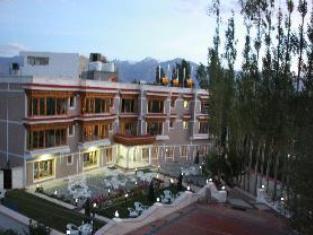 Sangaylay palace