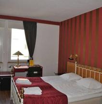 Solsta Hotell