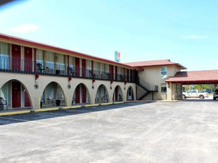 Executive Inn Goliad