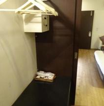 Saluja Residency New Amber Bar & Restraurant