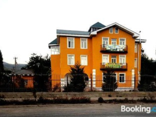 Hotel Joni Shirin