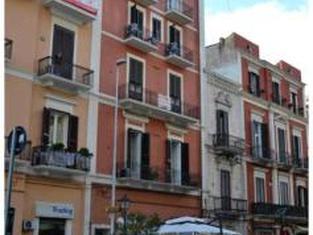 Host Bari Centrale