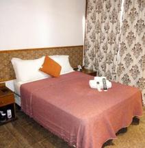 El Uru Suite Hotel