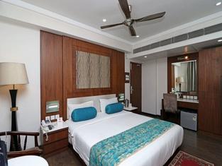 OYO 3194 Hotel Dayal International