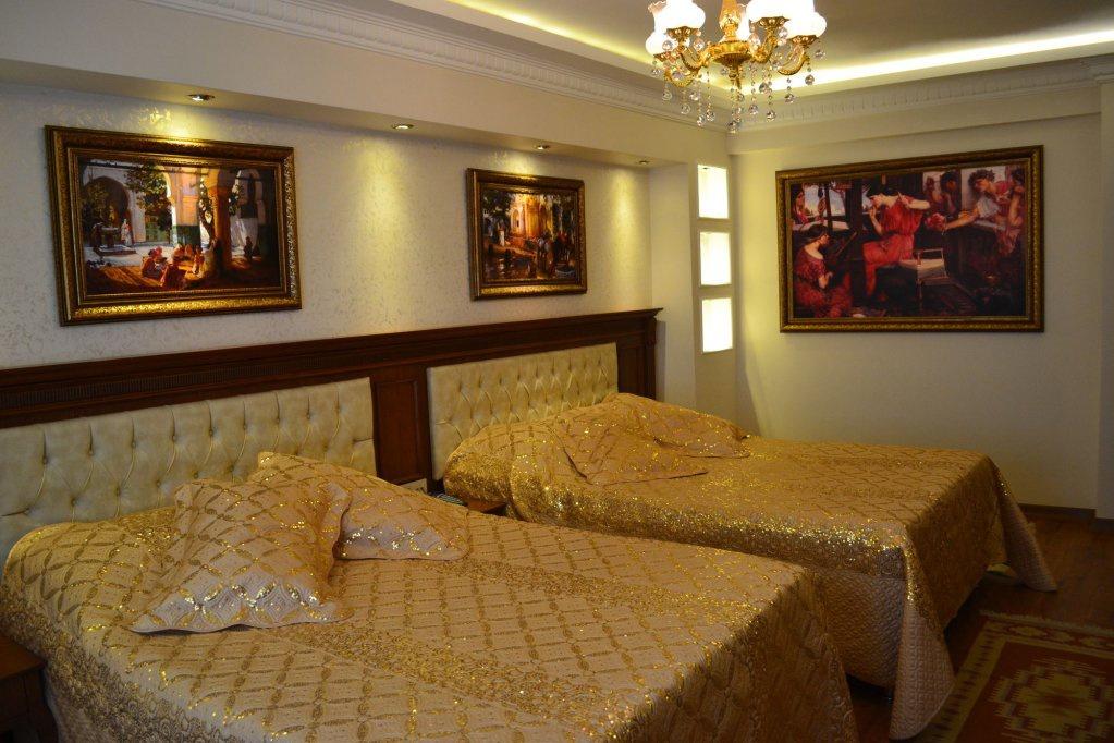 Blue Istanbul Suites