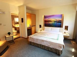 Jih Lih Hotel