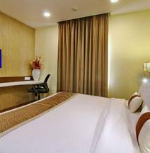 Hotel Casaya Inn
