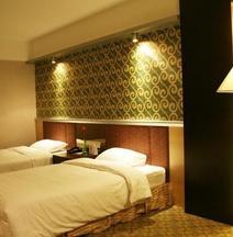Dalian Xuyuan Hotel