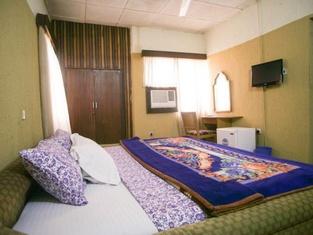 Super K Hotels