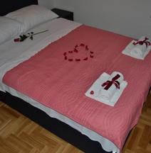 Apartment Nikirent