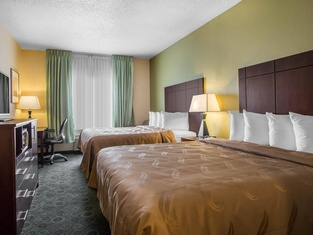 Quality Inn & Suites Bloomington