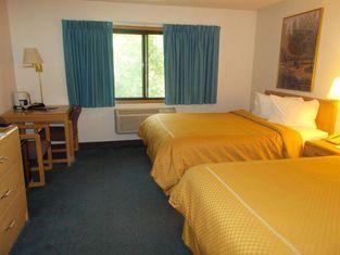 Boarders Inn & Suites by Cobblestone Hotels - Ripon