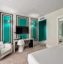 マリポサ ホテル マラガ