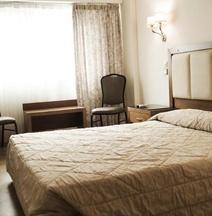 Ξενοδοχείο Ελληνίς