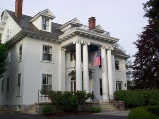 White Hall Manor Bed & Breakfast