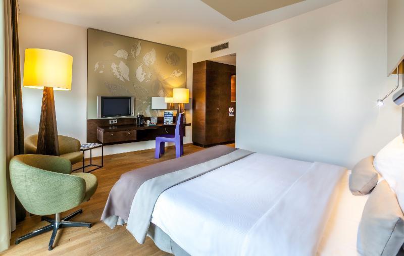 Dutch Design Hotel Artemis | Hotels design, Dutch design ...