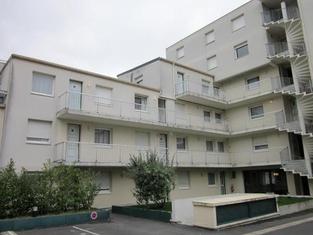 アパート ホテル シャン ドゥ マルス