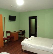 アルバート ホテル