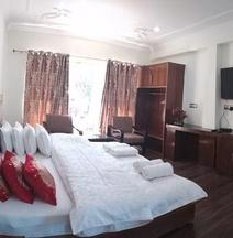 Zambala Inn