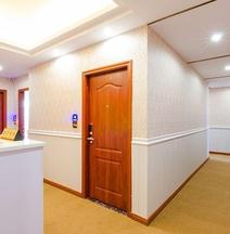 Long lok Airport Luxury Hotel
