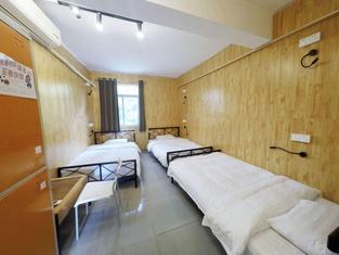 Dongshan Gaga Youth Hostel