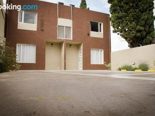 Tres Arroyos Apartments