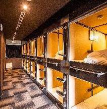 Capsule Hotel Hakodate