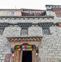 Tibetan Buddhism Cultural Theme Hotel