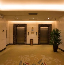 Shengcheng Hotel (The Mixc Nanning East Railway Station)