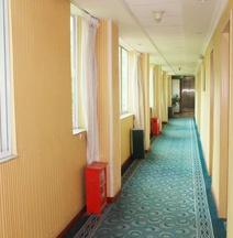Weisheng Hotel