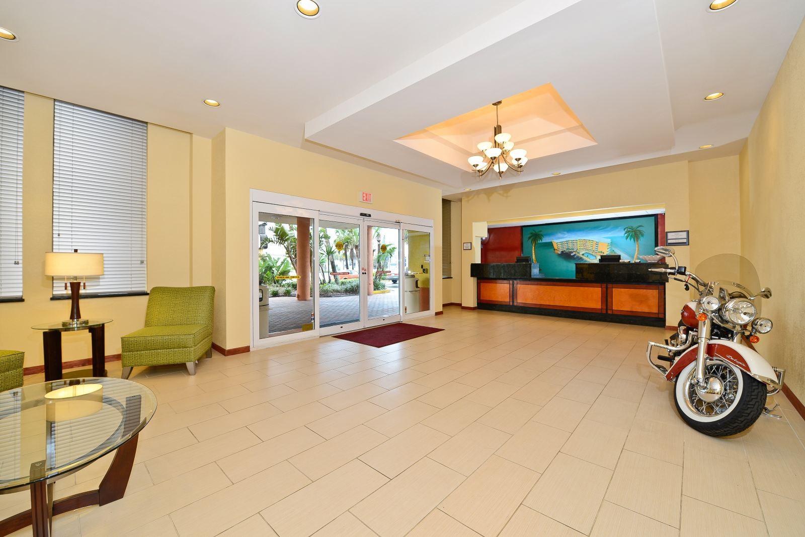 Upscale hotel in daytona beach, fl