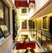 Sucha Hotel(Xingyi Jushan Store)