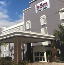 HoM, A Trademark Collection Hotel